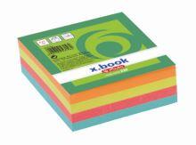 Špalík lepený 8x8x3 cm barevný